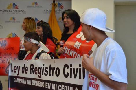 Género en la Cédula Ecuador - Revolución Trabs (26)