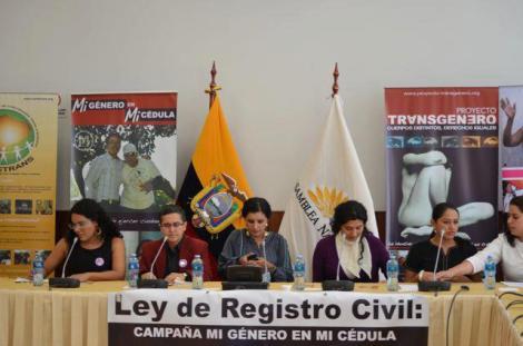 Género en la Cédula Ecuador - Revolución Trabs (27)